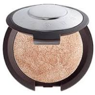 Becca Highlighter-Opal http://www.ulta.com/shimmering-skin-perfector-poured?productId=xlsImpprod12801029